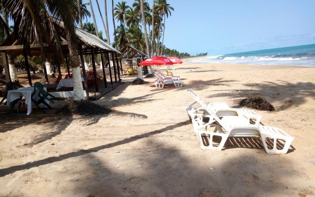 Brenu Akyinim Beach and Resort